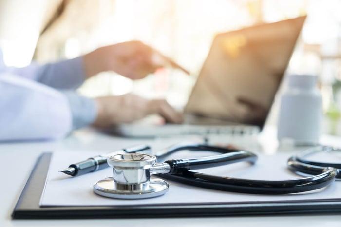 sağlık web sitesi tasarımı (1) -1.jpg