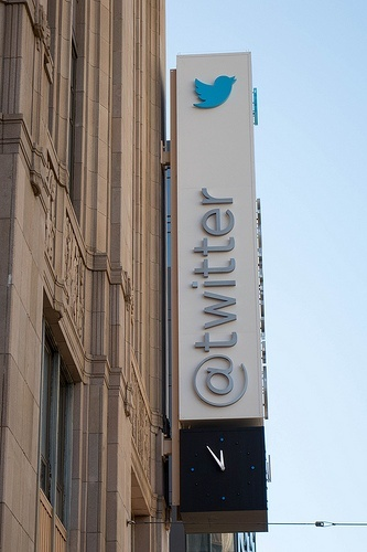 TwitterMoments